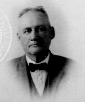James M. Creighton - Creighton, from his 1922 passport application.