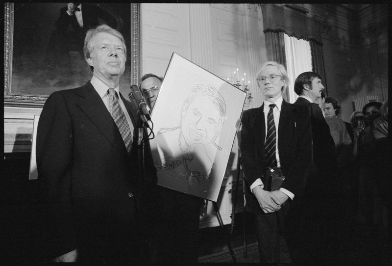 File:Jimmy Carter with Andy Warhol during a reception for inaugural portfolio artists., 06-14-1977 - NARA - 175147.tif