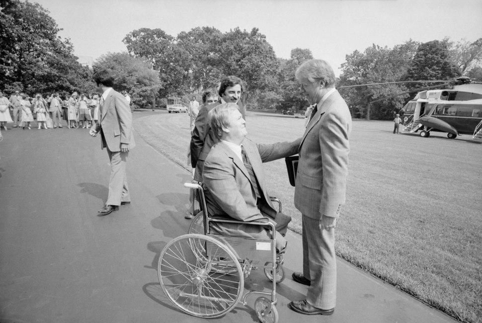 Jimmy Carter with Max Cleland, - NARA - 180551