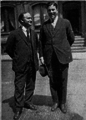 Joaquin María Argamasilla with Harry Houdini.png