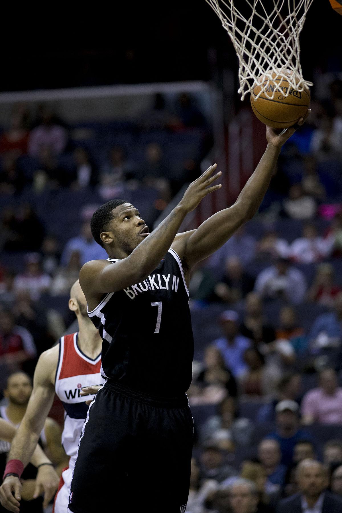 Joe Johnson basket ball — Wikipédia