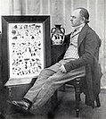John Doubleday with the Portland Vase