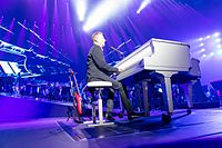 John Miles - 2016330223155 2016-11-25 Night of the Proms - Sven - 5DS R - 0150 - 5DSR8666 mod.jpg