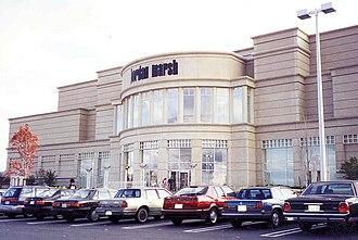 Natick Mall - Jordan Marsh anchor location, 1994 (later Macy's, then JCPenney, now Wegmans)