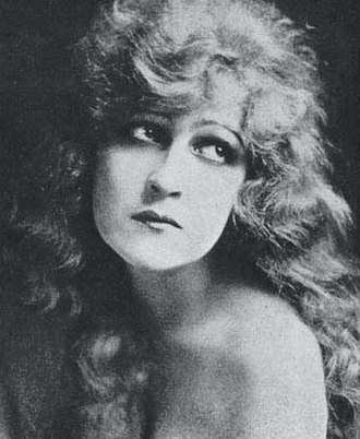 Kathryn Adams (actress, born 1893) - Publicity photo of Adams from Who's Who on the Screen (1920)