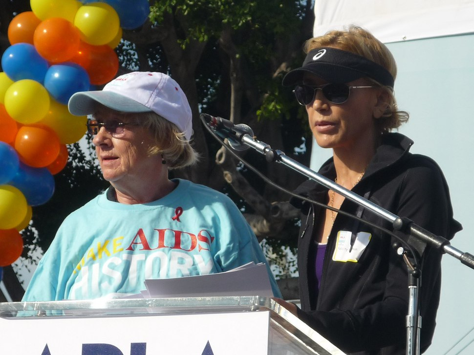 Kathryn Joosten and Felicity Huffman