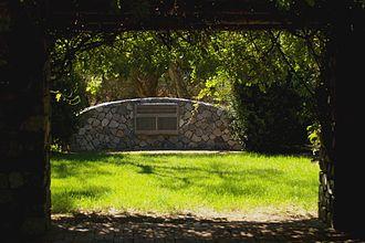 Kenwick, Western Australia - Memorial at Kenwick Pioneer Cemetery