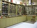 Kieler Stadtmuseum Depot Laden.JPG