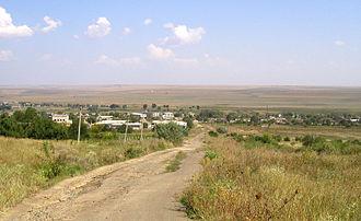 Budjak - Image: Kloestitz Dorfansicht Haller Steppe f Sept 2005