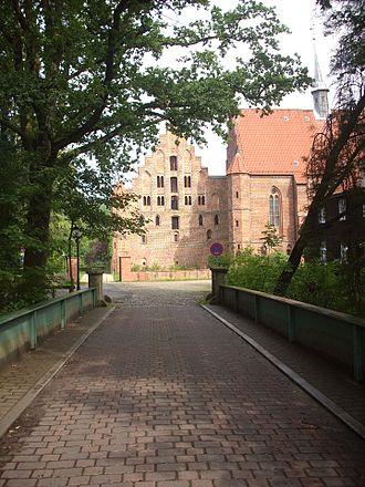 Wienhausen Abbey - Image: Kloster Wienhausen Bruecke
