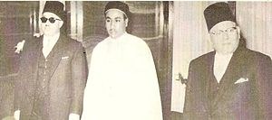 Hasan as-Senussi - Crown Prince Hasan (centre), to the left prime minister Abdul Majid Kubar and Taher Bakeer, Governor of Tripolitania and father-in-law.