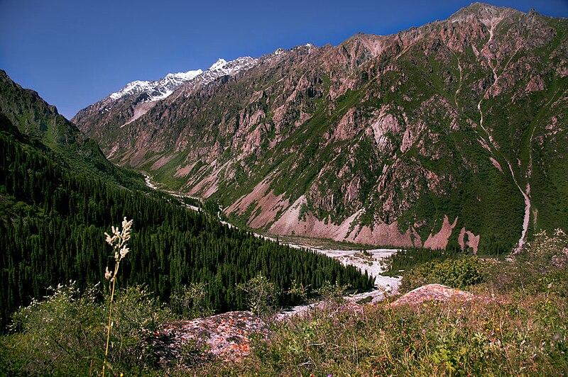 File:Kyrgyzstan Ala Archa National Park 02.jpg
