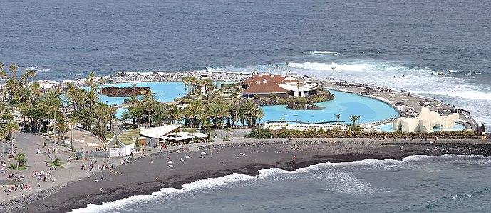 Water park Lago Martiánez with beach Playa Martiánez in Puerto de la Cruz, Tenerife, Spain.