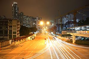 Lai Chi Kok Road near Former Cheung Sha Wan Abattoir at night.jpg