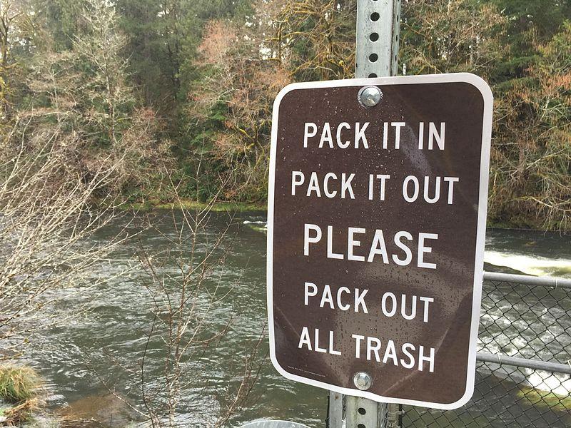 File:Lake Creek Falls Watchable Wildlife & Recreation Site (25164856364).jpg