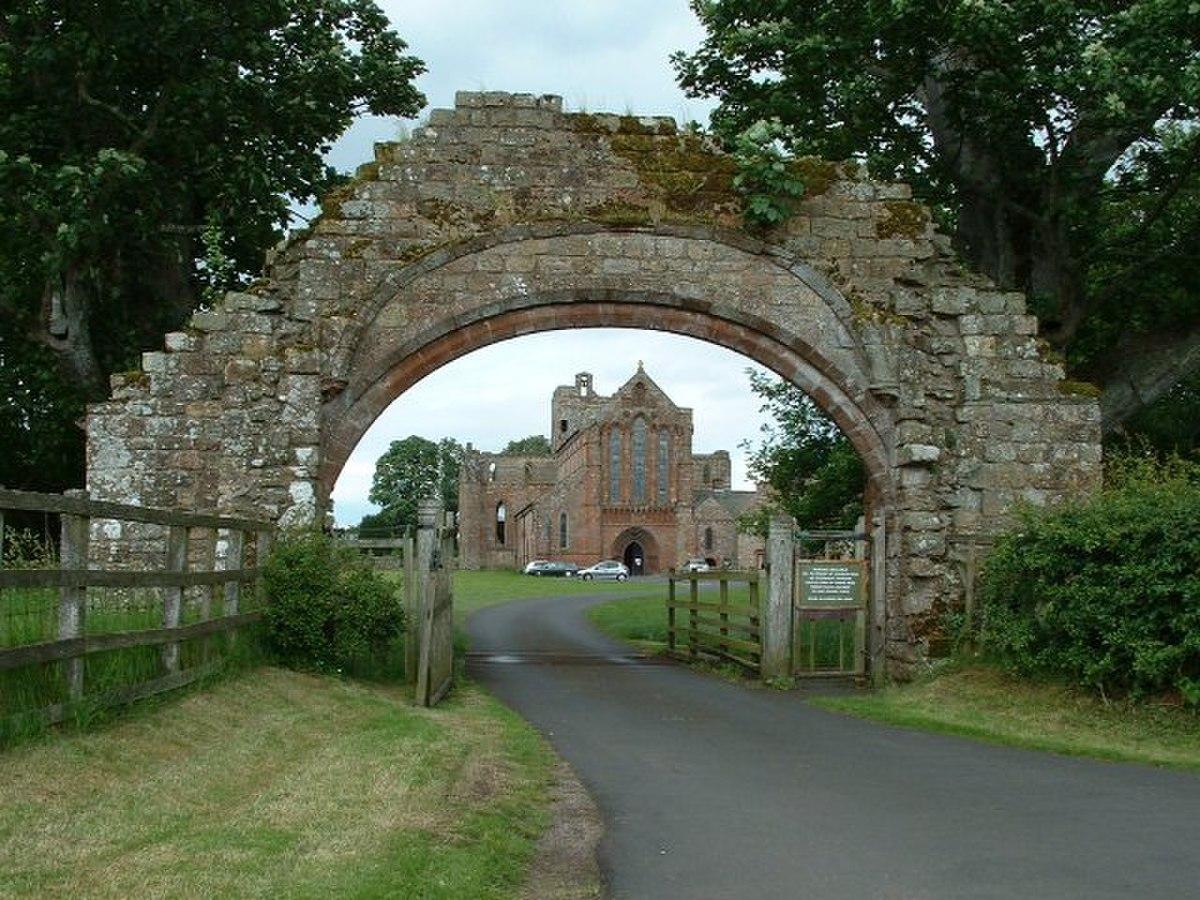Lanercost Priory - geograph.org.uk - 5733.jpg
