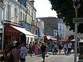 Le centre-ville, rue piétonne - panoramio.jpg