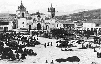 Plaza de Armas (Ayacucho) - Image: Lhouredelangelus