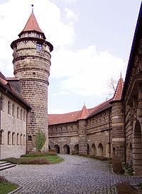 Lichtenau (MFR) Festung Innenhof.jpg