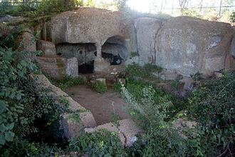 Apennine culture - The monumental building at Luni sul Mignone.