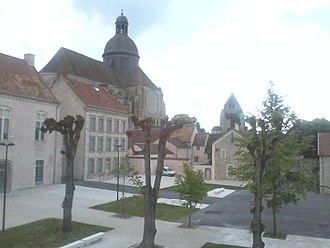 Lycée Thibaut de Champagne - View from the administrative building