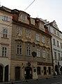 Měšťanský dům U dvou praporečníků (Malá Strana), Praha 1, Karmelitská 23, Malá Strana.JPG