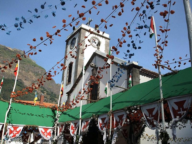 File:Madeira - Curral das Freiras Village (11912743595).jpg