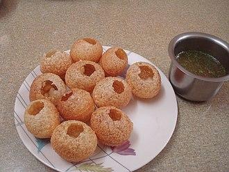 Panipuri - Image: Making Panipuri at home 04