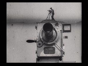 Cinéma pur - Dziga Vertov, Man with a Movie Camera, Opening shot, 1929