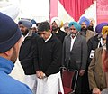 Manish Tewari observing a 2-minute silence as a tribute to the deceased victims of gang-rape in Delhi & Patiala before a function, in Ludhiana on December 29, 2012.jpg