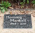 Mankell gravsten.jpg