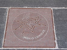 220px-Mario_Lemieux_star_on_Walk_of_Fame Mario Lemieux Mario Lemieux Pittsburgh Penguins