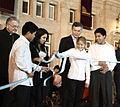 Mauricio Macri inauguró la plaza Estado del Vaticano (7296908270).jpg