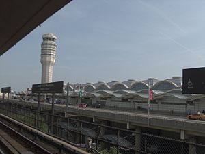 Ronald Reagan Washington National Airport - A view of Reagan airport from the Washington Metro