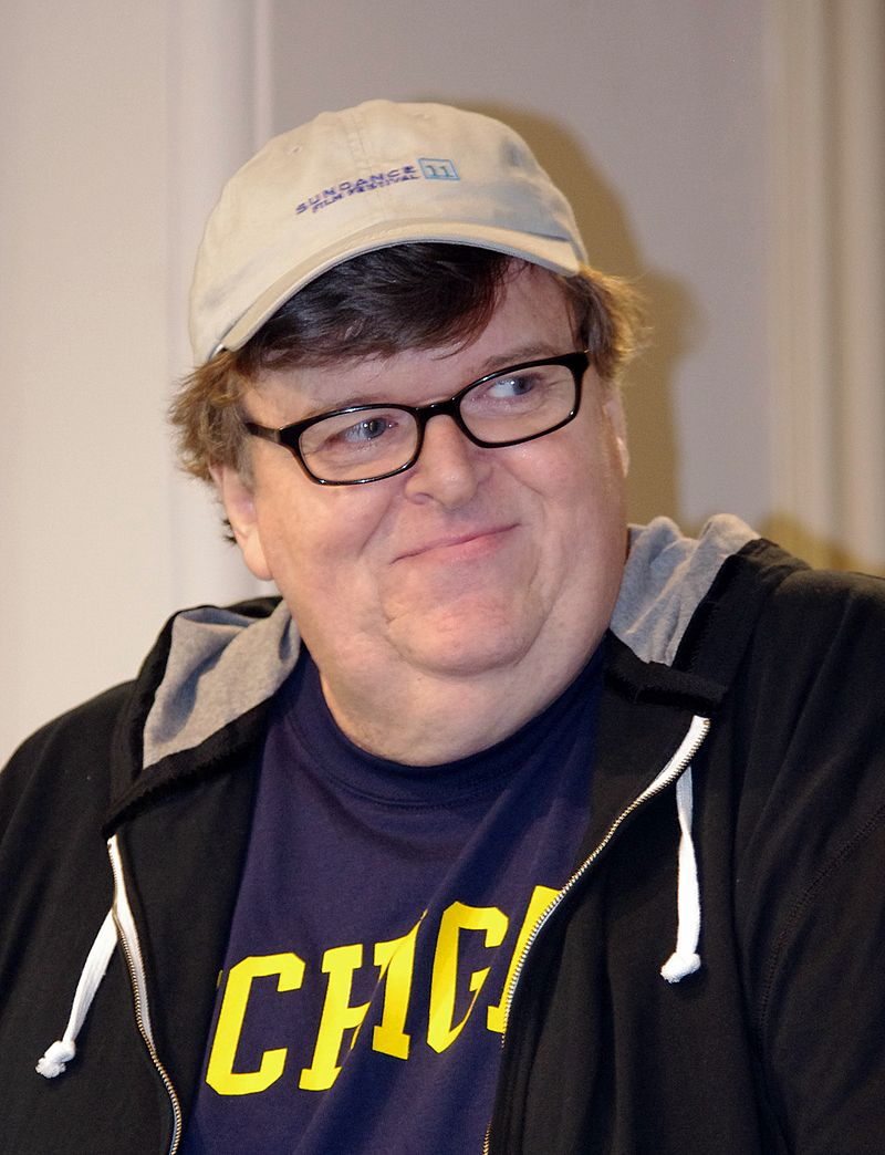 The 63-year old son of father Frank Moore and mother Veronica Moore, 182 cm tall Michael Moore in 2017 photo