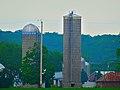 Midwest Jetstone Silo - panoramio.jpg