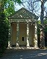 Minervas Temple, Sydney Gardens, Bath (geograph 3829597).jpg