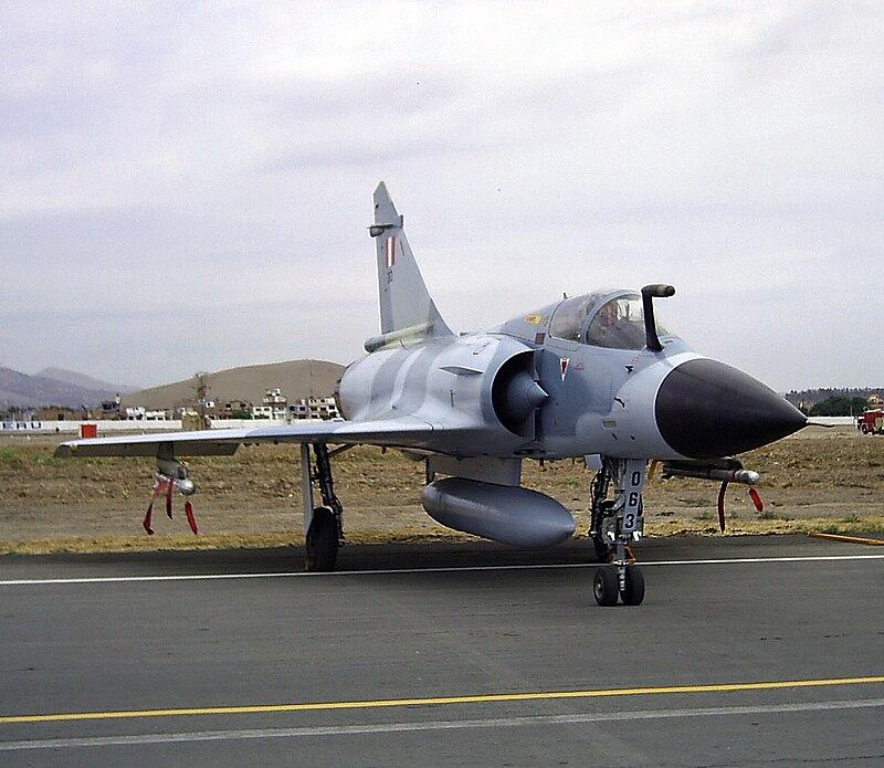 المقاتله الفرنسيه Dassault Mirage 2000  800px-Mirage_2000P