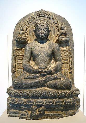 Buddhist meditation - Buddha Shakyamuni meditating in the lotus position, India, Bihar, probably Kurkihar, Pala dynasty, c. 1000 AD, black stone - Östasiatiska museet, Stockholm, Sweden