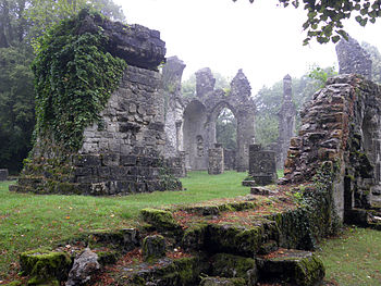 English: Ruined church at Montfaucon-d'Argonne...
