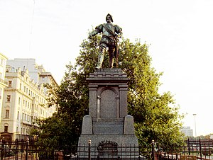 Juan de Garay - Monument to Juan de Garay