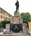 Monumento caduti a Chiari.jpg