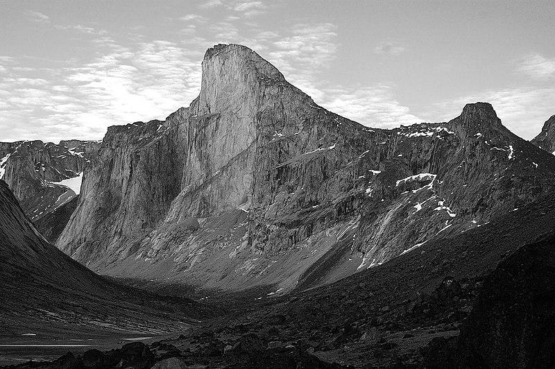 File:Mount Thor.jpg