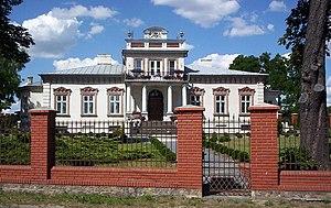 Mszczonów - 19th century dwór in Mszczonów