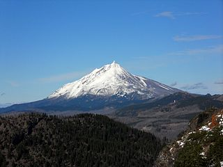 stratovolcano in the Cascade Range, Oregon
