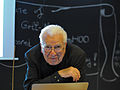 Murray Gell-Mann at Lection.JPG