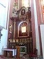 NMP na Piasku - altare cum Mariam.jpg