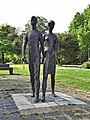 Nijmegen - Sculptuur Vierdaagsemonument van Vera Tummers-van Hasselt in het Julianapark.jpg