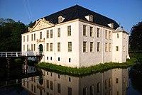 Norderburg (Dornum) Hauptgebaeude.jpg