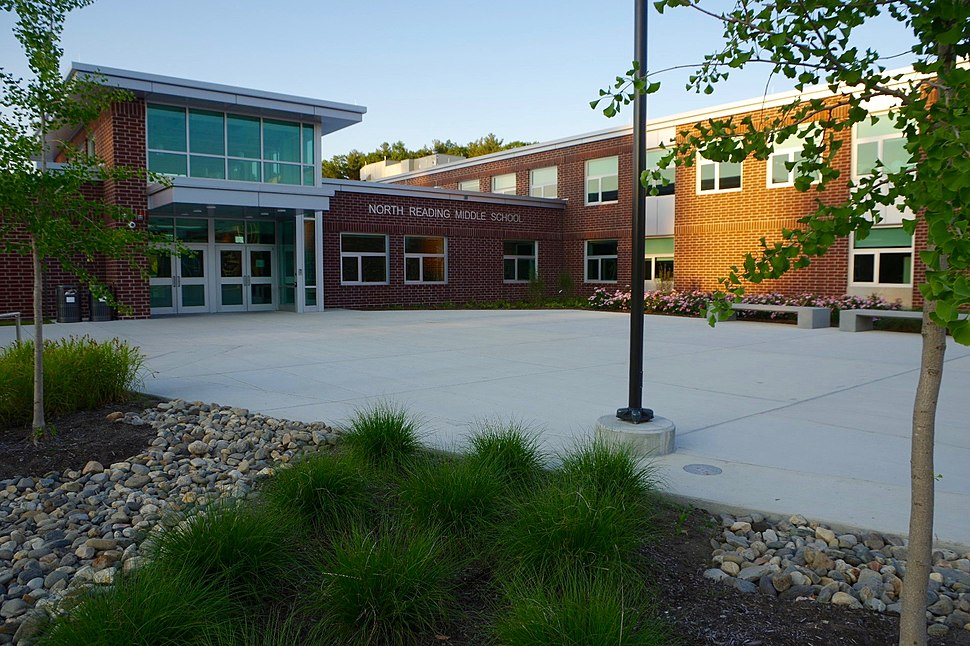 North Reading Middle School Entrance